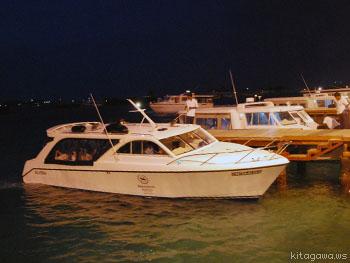ホテルのボート