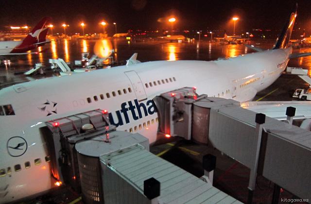 ルフトハンザ航空ビジネスクラス (長距離ジャンボジェット2階席)