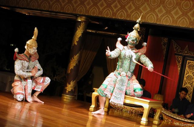 タイ古式舞踊「サラ・リム・ナーム」@マンダリン オリエンタル バンコク