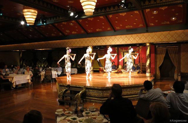 タイ伝統舞踊ダンスショー
