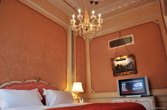 インペリアルホテルウィーン スイート ベッドルーム