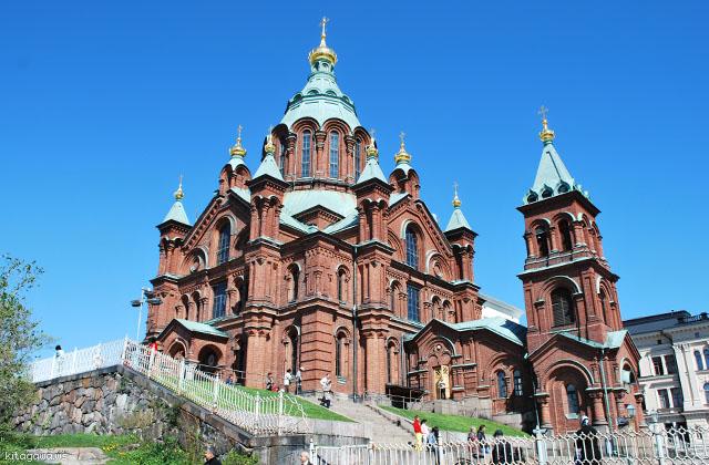 ウスペンスキ大聖堂 ヘルシンキ