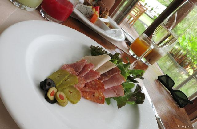 サロジンのレストラン