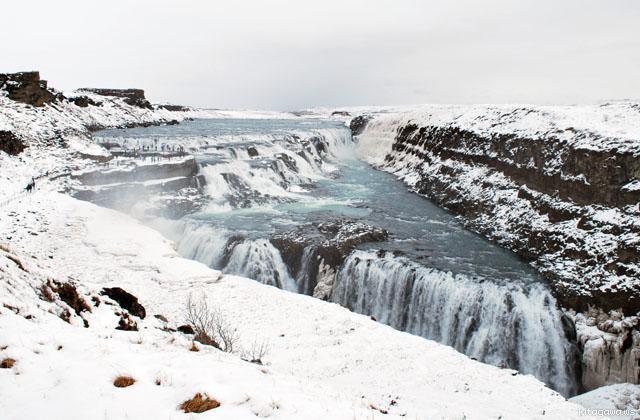 グトルフォスの滝 アイスランド