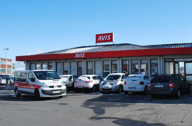 アイスランド AVIS レンタカー