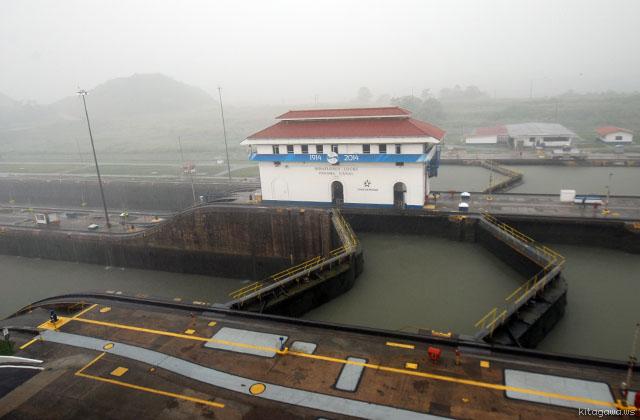 パナマ運河 ツアー
