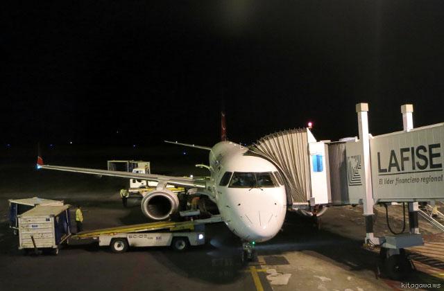 Embraer E190 エンブラエル