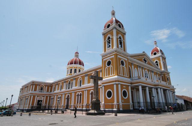 グラナダ カテドラル ニカラグア