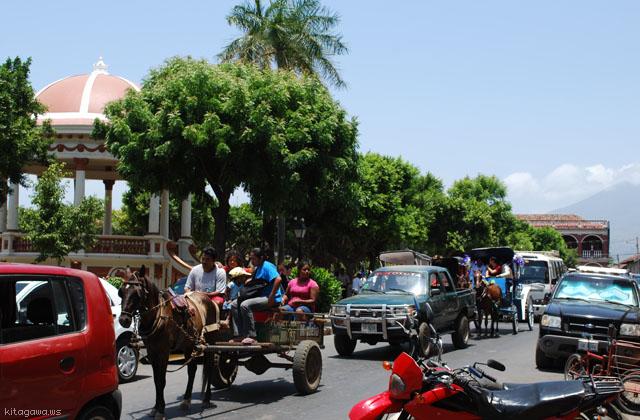 グラナダ 馬車 ニカラグア