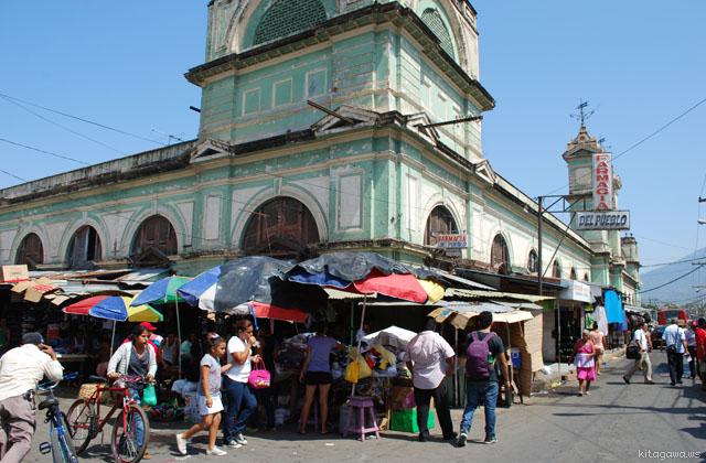 グラナダ 市場 ニカラグア