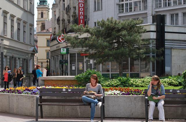 デアーク広場