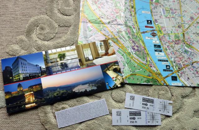 ブダペストの地図とチケット
