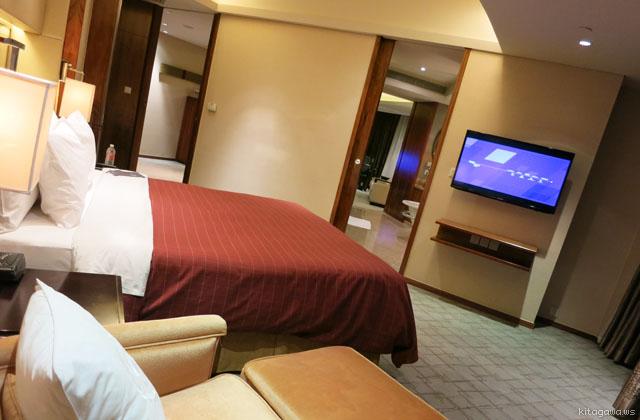 シェラトン上海浦東ホテル&レジデンス Sheraton Shanghai Pudong Hotel & Residences エグゼクティブスイートルーム