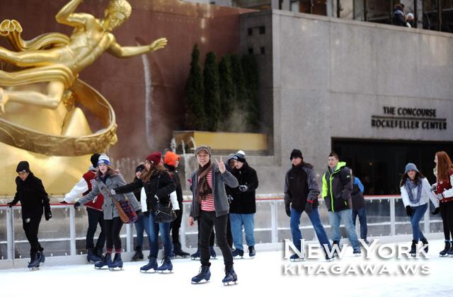 ロックフェラーセンター アイススケートリンク ニューヨーク