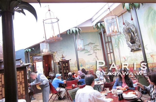 ラデュレ ボナパルト店 Ladurée Bonaparte