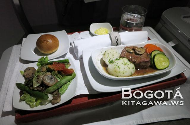 アビアンカ航空ビジネスクラス機内食