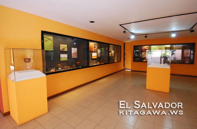 サンアンドレス遺跡 博物館