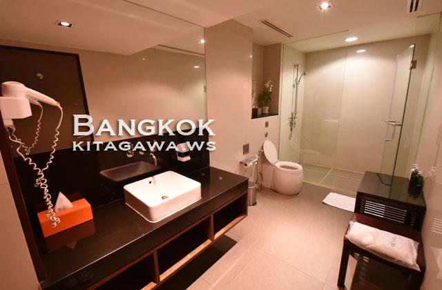 タイ航空 スワンナプーム空港 ラウンジ シャワー