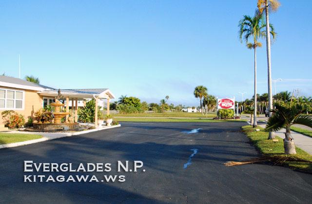 Everglades City Motel, Hotel