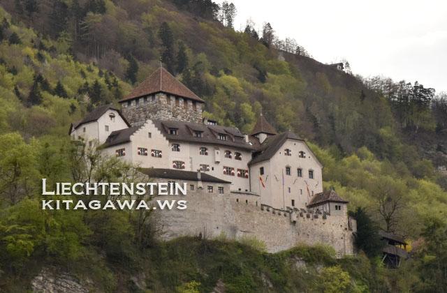 ファドゥーツ城 Schloss Vaduz