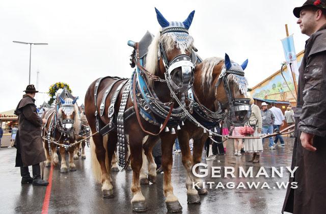 オクトーバーフェスト パレード