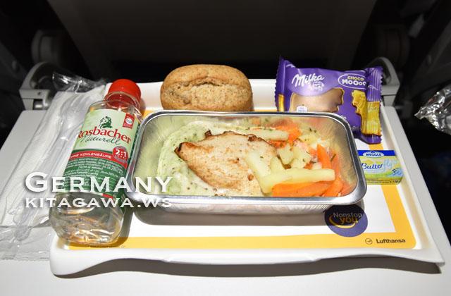 ルフトハンザ航空エコノミークラス機内食