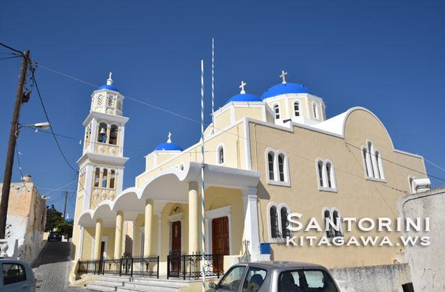 ティラ 教会