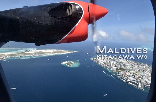 モルディブ 飛行機
