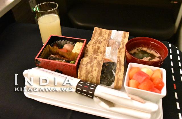 JAL ビジネスクラス 朝食