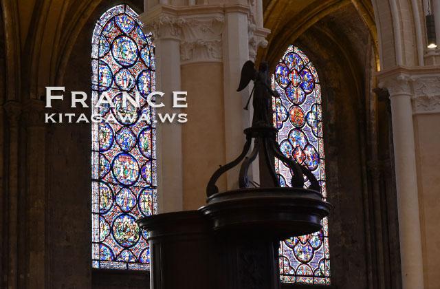 シャルトルブルー bleu de Chartres