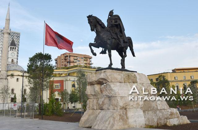 Monumenti i Skënderbeut