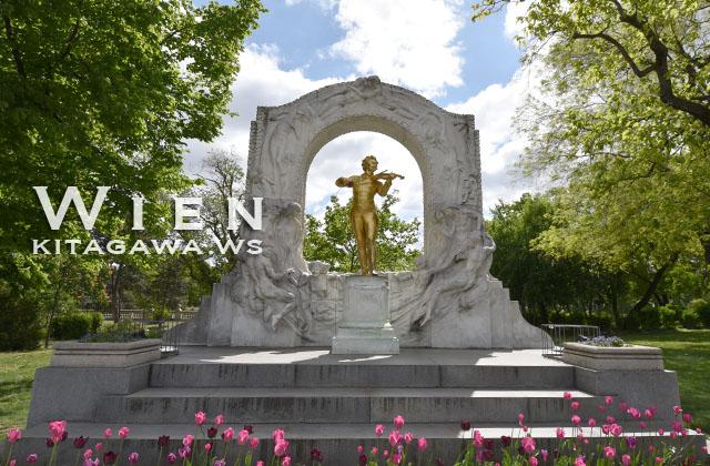 ヨハン・シュトラウス記念像