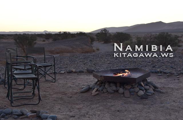 ナミブ砂漠 キャンプ