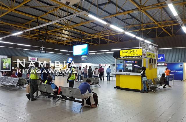 ウィントフック・ホセア・クタコ国際空港(WDH)