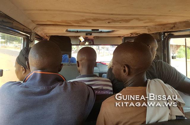 ギニアビサウ バス