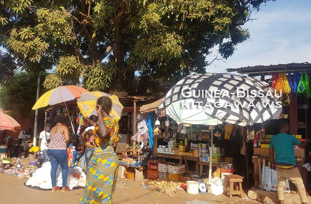 ギニアビサウ 露店 市場