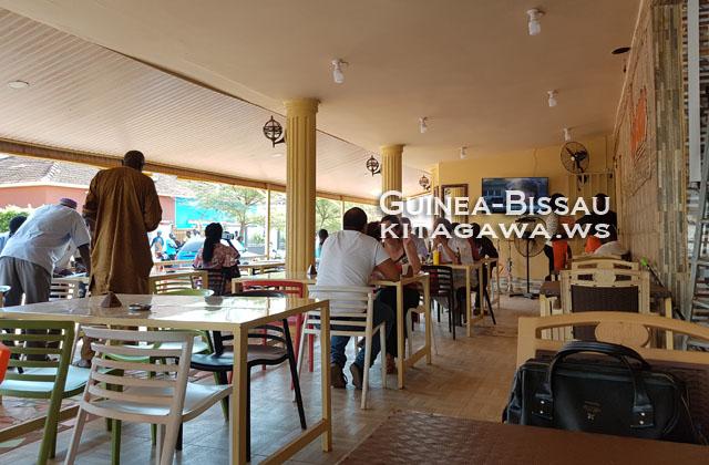 ビサウ レストラン