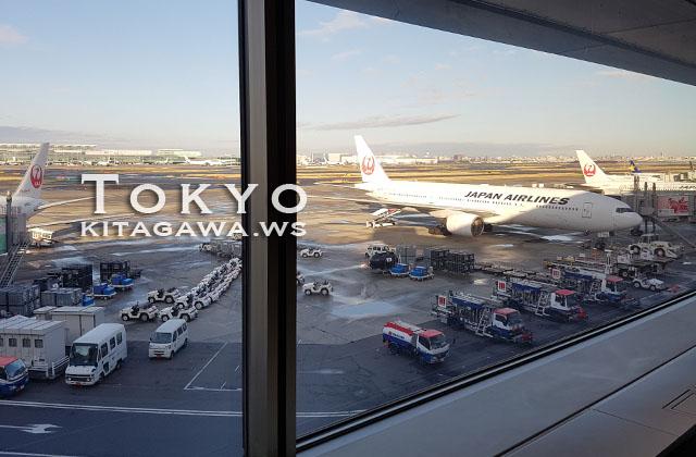 羽田空港JAL国内線ラウンジ